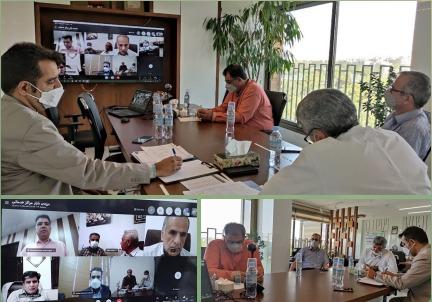 برگزاری جلسه مدیران مراکز خدماتی زیرمجموعه با حضور مدیر عامل و مدیران میانی ستاد هلدینگ